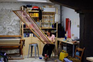 hellen-ascoli-loom-weaving